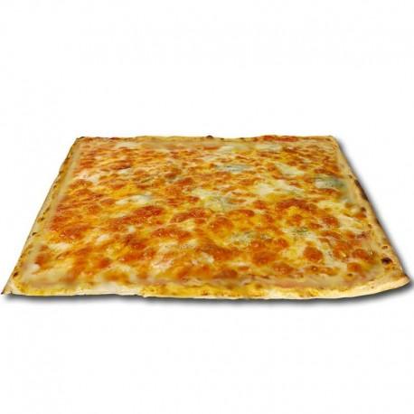 Pizza blanca de 4 quesos cuadrada